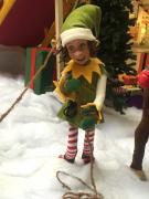 Elf zieht am Schlittenseil.jpg