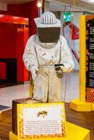 Beekeepers figure - oversized sculpture
