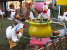 Emanzipation der Hühner - Gruppe mit 21 Figuren