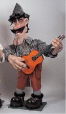 Bayer mit Gitarre