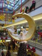 Mond-Sichelmond mit  3 Engelfiguren