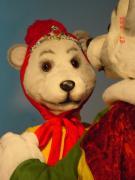 Eisbär Pärchen tanzt