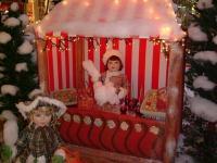 Marktstand Zuckerwatte mit Kinderfiguren
