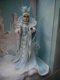 Snow Queen single figure