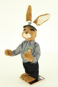 Hase als Polizist aus der Serie Modern Life Hasen