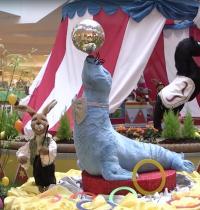 Zirkus Möhretti - Seehund und Dompteur-Szene 5