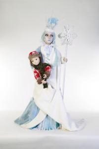 Snow Queen - Wonderful World of Books - 3 figures