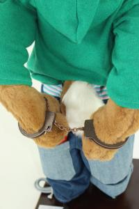 Hare- sprayer with handcuffs